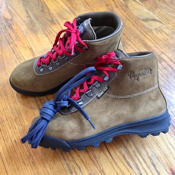 Vasque Sundowner GTX Hiking Boots 10 NEW $200+
